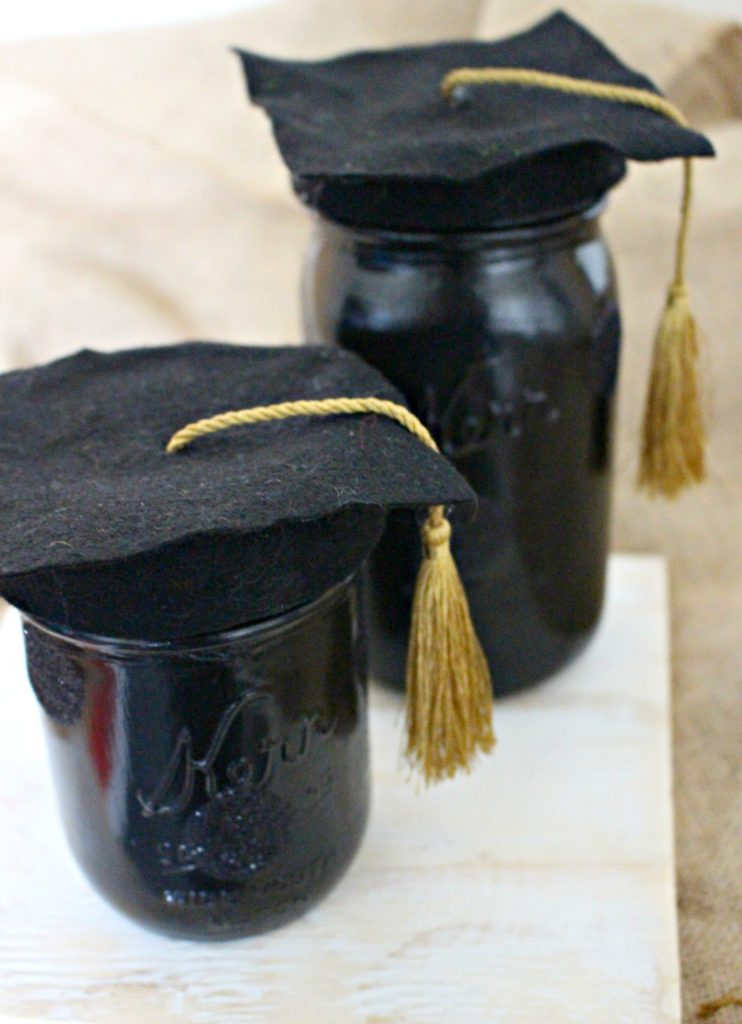 DIY Graduation Jars from Mason Jars for Grad Gifts! Fill with money, candy or gift cards!