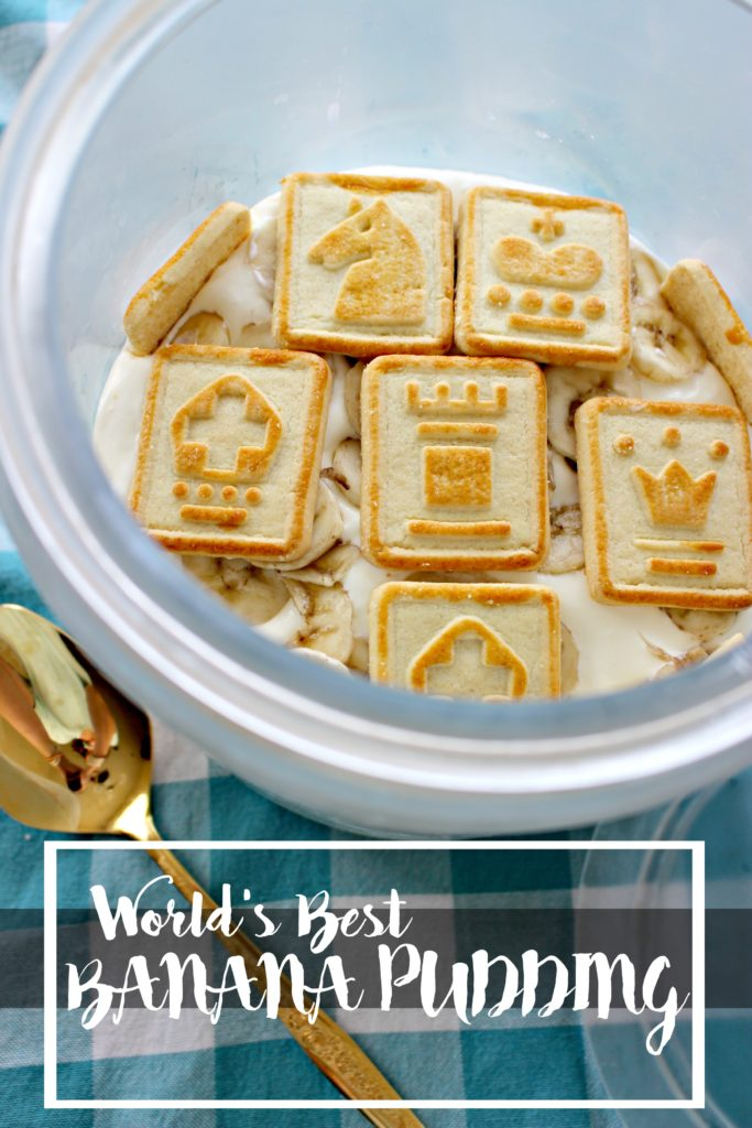 World's Best Banana Pudding- I don't even like bananas & this my FAVORITE dessert! Adapted from Paula Deen's Not Yo Momma's Banana Pudding recipe!