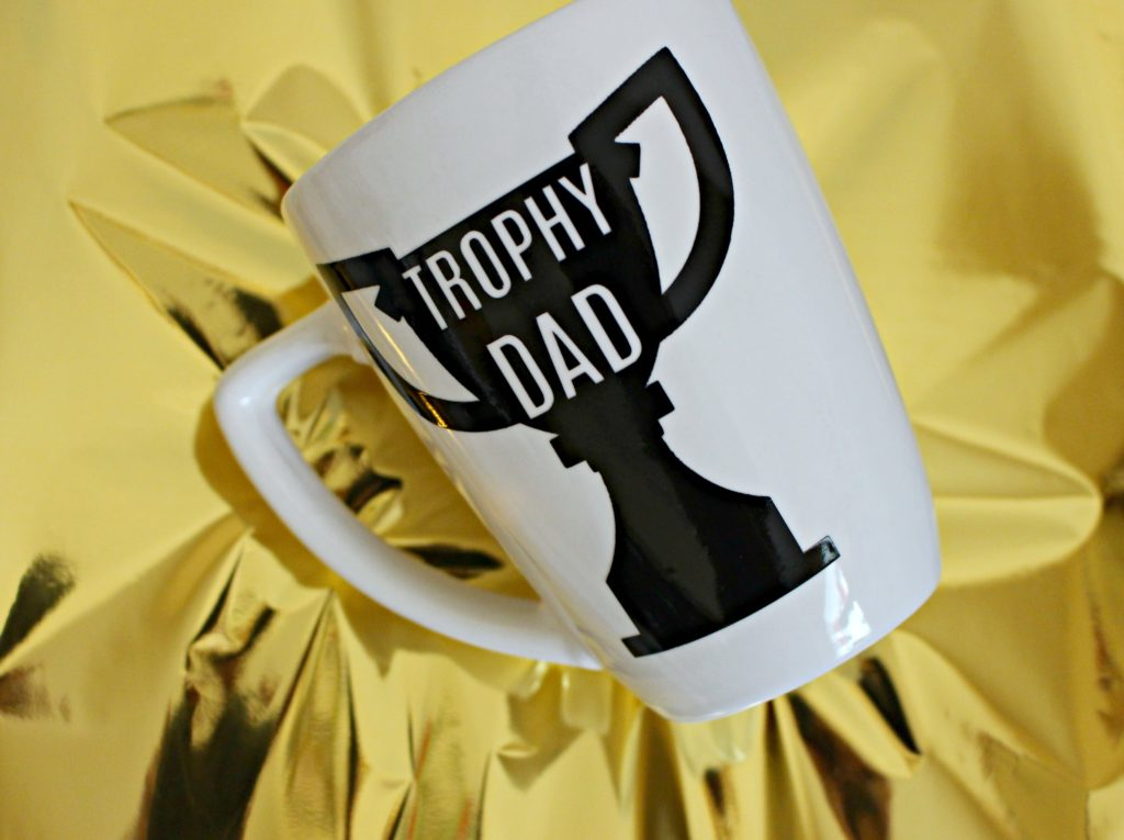 Trophy Dad Mug for DIY Father's Day Gifts!