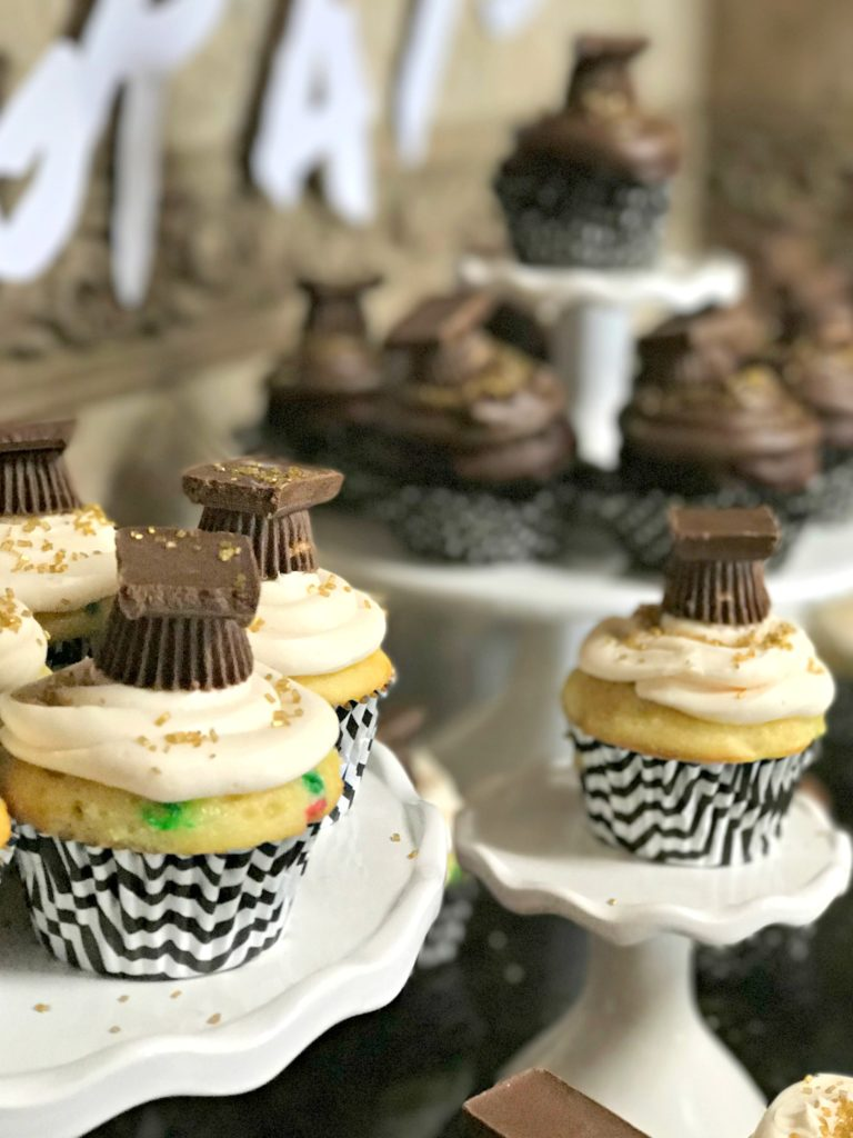 Easy Graduation Cupcakes You Can Do Yourself!