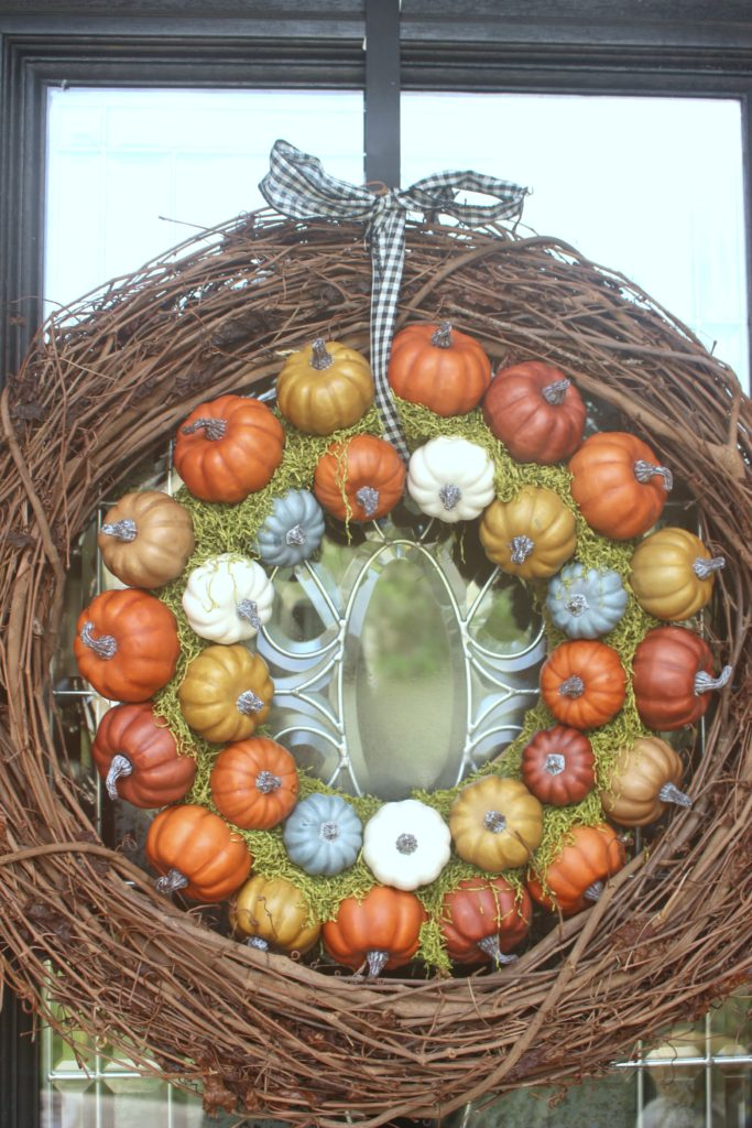 Simple Fall Porch Ideas with Pumpkins & Mums!