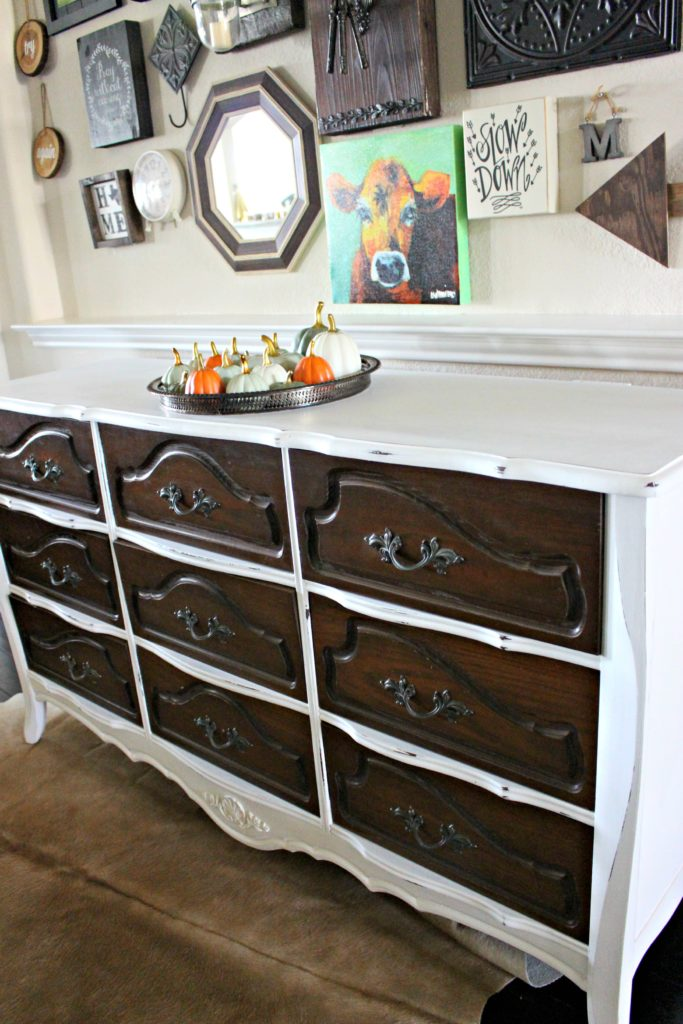 Two Tone Painted Furniture Shabby Chic Two Tone Dresser Makeover How To Use Chalk Paint Guide Splendid Show Notes Back To School Twotone Dresser Makeover How To Paint With Chalk Paint