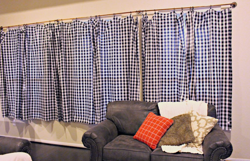 Diy Copper Pipe Curtains Turning Tablecloths Into Curtains The Southern Holiday Home