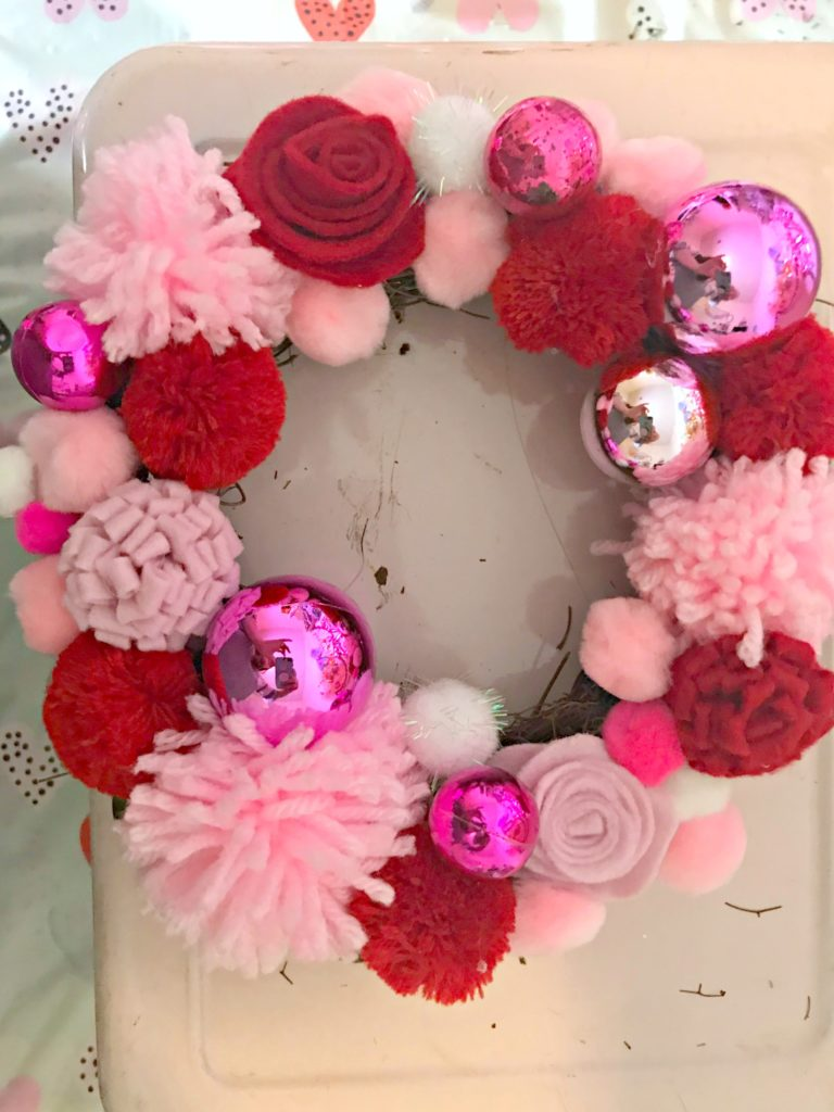 Diy Valentine S Day Wreath The Southern Holiday Home